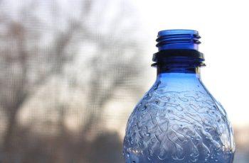 pahar cu apa pentru celulita