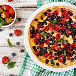 Placinta cu fructe de padure
