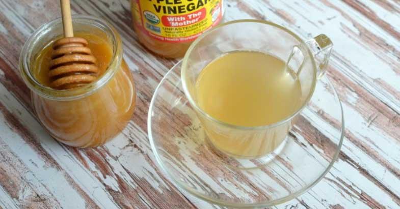 Băuturi detoxifiante care te ajută să scapi de grăsimea de pe abdomen